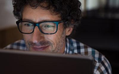5 motivos para investir na lente BlueCut no home office